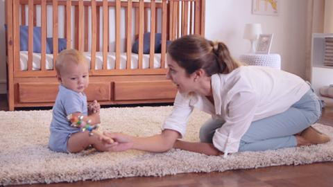 estimulación para bebés de 8 meses