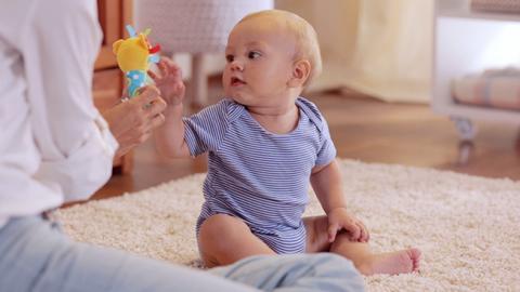 estimulación del equilibrio de tu bebé