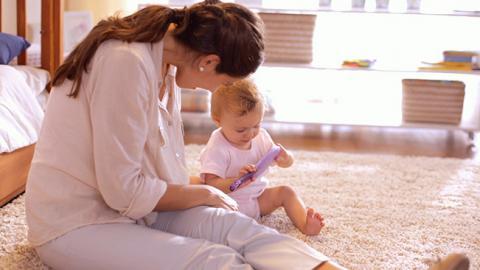 estimulación social en niños de 12 meses