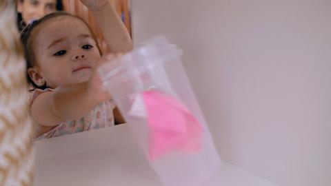 Actividad de integración sensorial para bebés