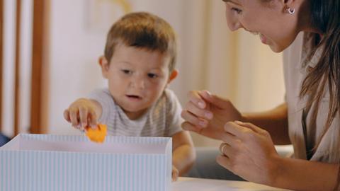 Actividad para estimular la motricidad fina de tu bebé