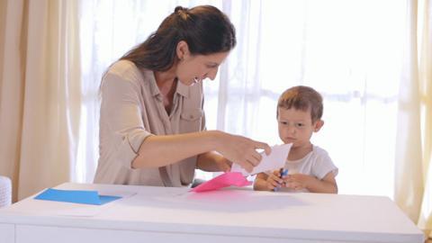 Actividad de estimulación social para bebés