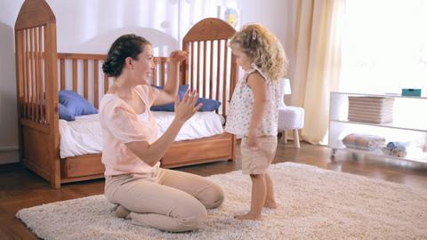 Actividad para desarrollo del planeamiento motor en bebés