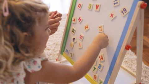 Juego para el desarrollo del lenguaje infantil