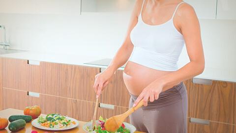 La importancia del ácido fólico, inositol y el hierro en tu embarazo.